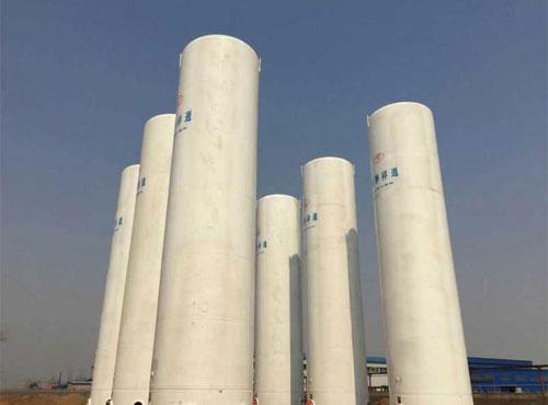 立式lng储罐的基本结构一般是外管路及操作系统置于